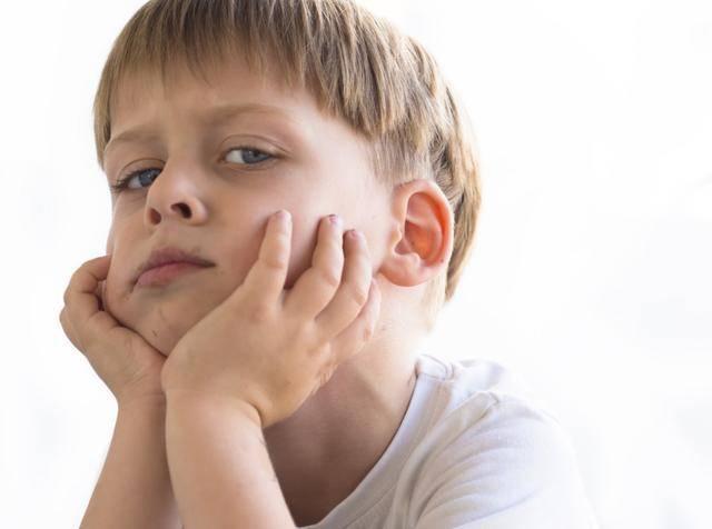 """孩子喜怒无常,学会调节""""心理弹性"""",比控制情绪更重要的"""