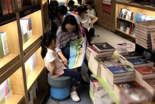 """""""读书很辛苦,我为什么要读书?""""爸爸的一番话,让孩子幡然醒悟"""