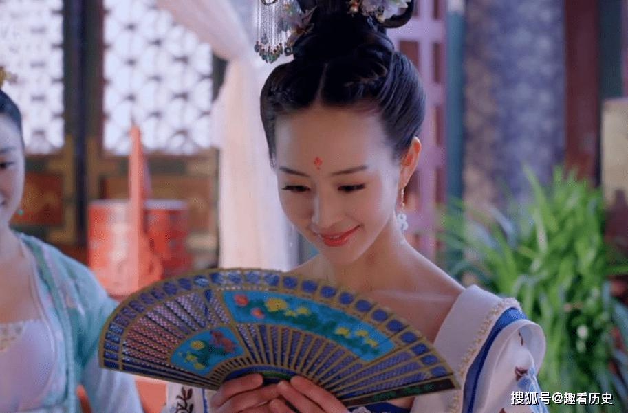 唐朝第一女神童,靠才华打动李世民,人在后宫却整日为民着想