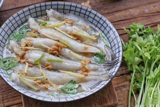 鼻涕鱼,像鼻涕的鱼,名字不好听,但潮汕人超爱吃!鼻涕鱼豆腐汤的做法