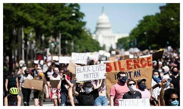 谁在操控你_为什么一个黑人去世会引起如此庞大的示威活动,究竟是谁在 ...