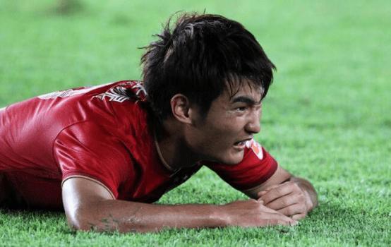 广州恒大在新赛季面临中超、足协杯、亚冠多线作战的考验,