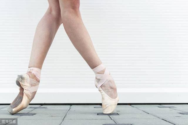 正確的踮腳運動示范,踮腳運動適合久坐族