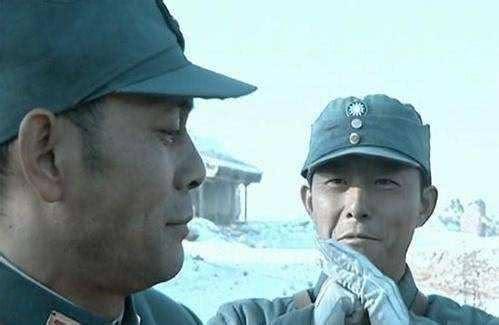 原创            亮剑:坂田困绕李云龙,楚云飞按兵不动,一个细节袒露了真实的自己