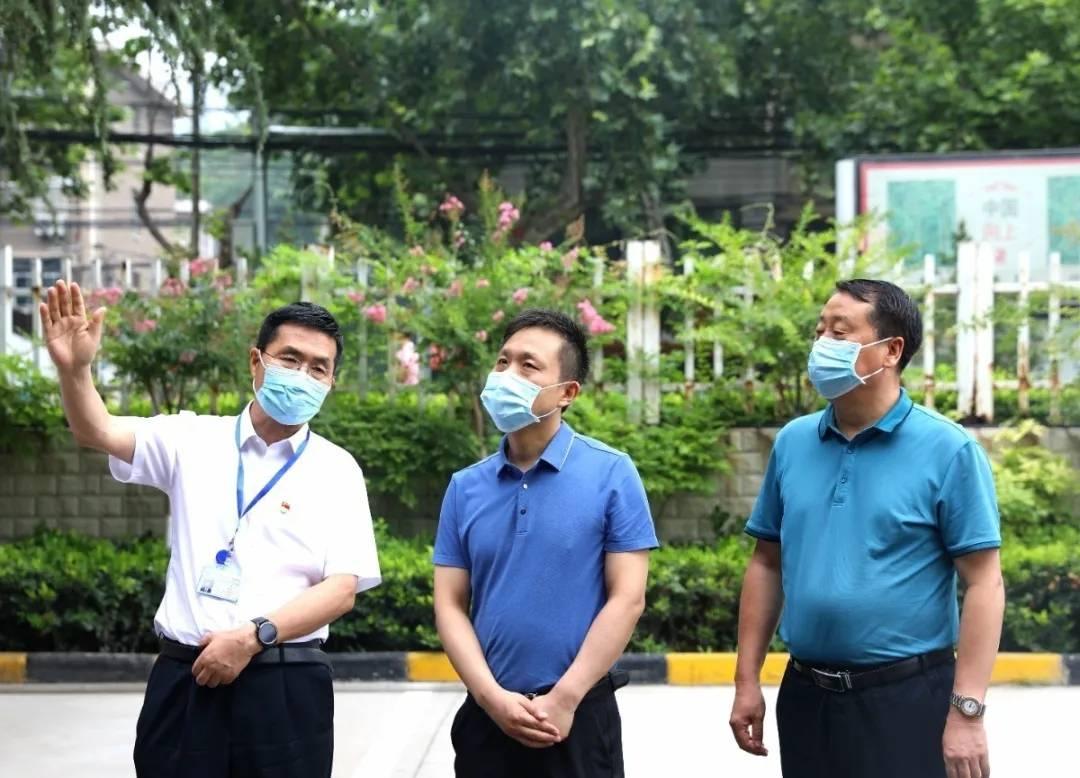 咸阳市委组织部到咸阳市第一人民医院调研公立