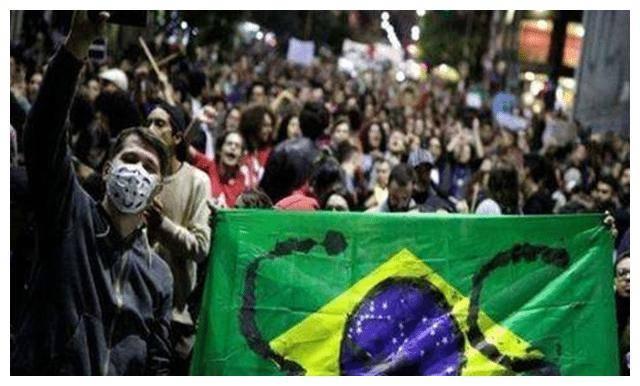 """世卫称疫情几乎每天打破新增纪录 巴西还创造了""""新纪录""""!"""