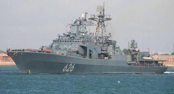"""俄大型军舰压境而来,英国无奈地:体验一下被""""自由航行""""的滋味"""