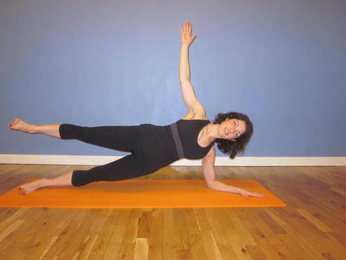 倩狐:瘦腰又瘦腿,这是我见过的动作里最简单的! 减肥方法 第3张