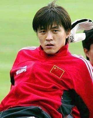 02世界杯前国足最帅俩男人走了,李明被夹道欢送,另一人原地消失 国际新闻 第3张
