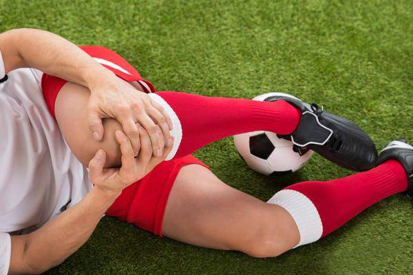 """医生提醒:这个动作比跑步还""""毁膝盖"""",别忽视,你也中过招 营养补剂 第2张"""