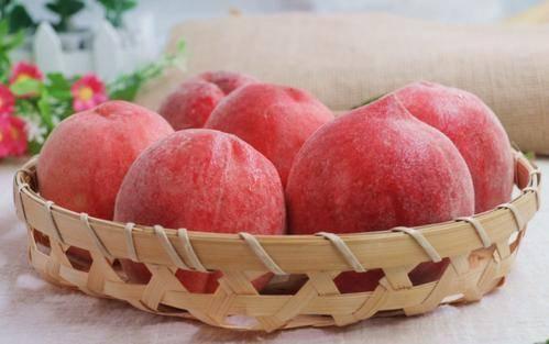 """吃桃子能""""养人"""",可水蜜桃、大蟠桃、黄桃,糖尿病患者选哪种? 营养补剂 第2张"""