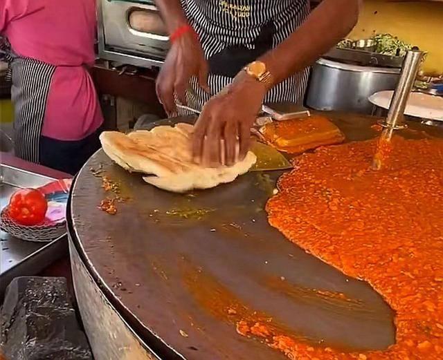 看了印度的街头美食,想不佩服都很难,网友说看完实在是受不了 增肌食谱 第7张