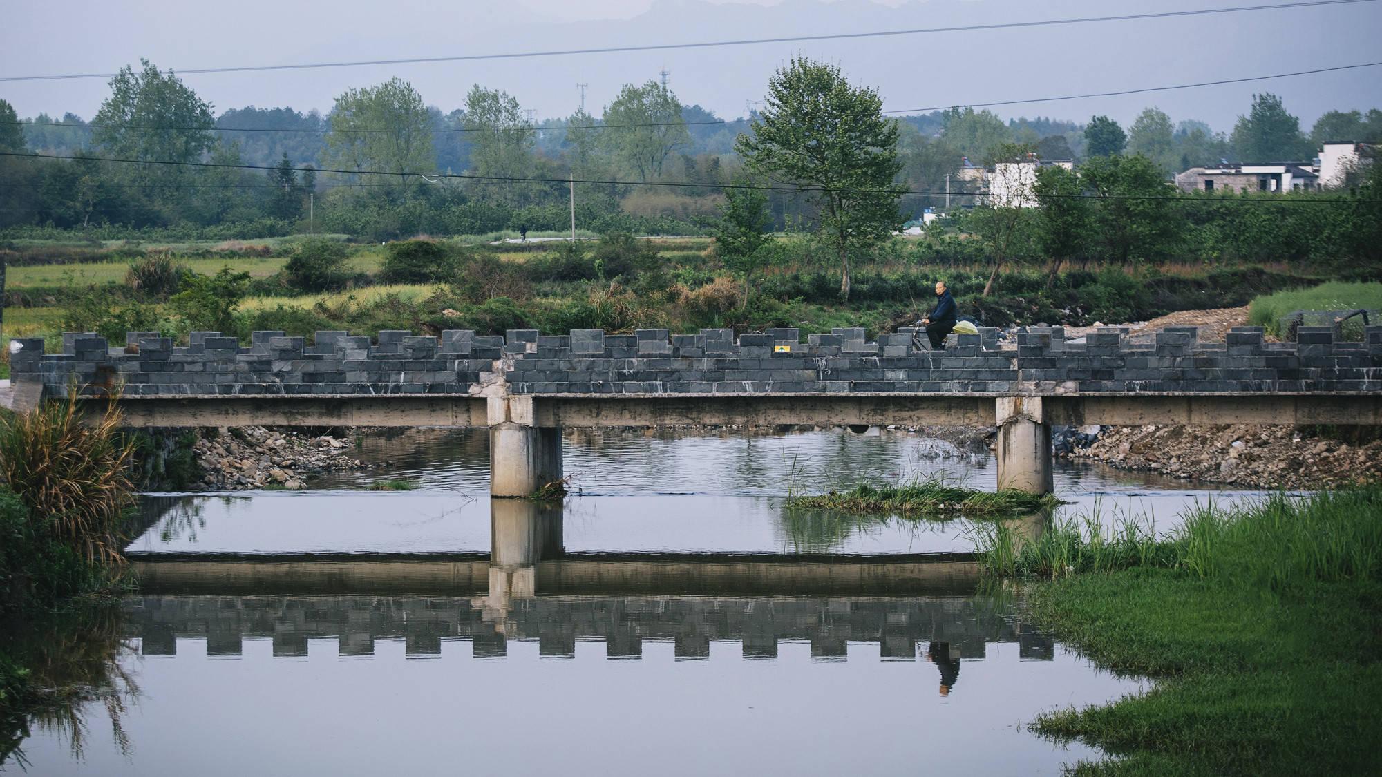 皖南最值得一去的古村落,比西递宏村还漂亮,还是中国著名影视村