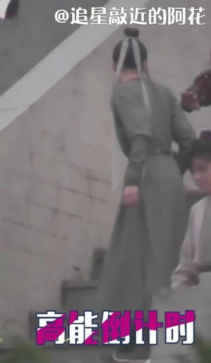 杨紫为戏胖30斤,惊现柱子腰,也太敬业了…