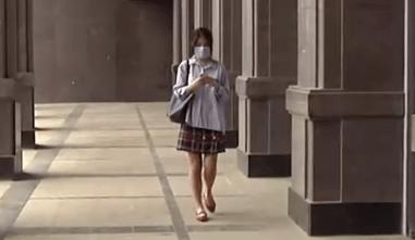 青岛某酒店,22岁女子深夜遭男性朋友骚扰!房门居然被打开!