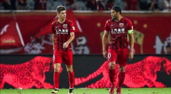 上海上港明星级外援辟谣来中超是为接受新的挑战,不是为了钱!