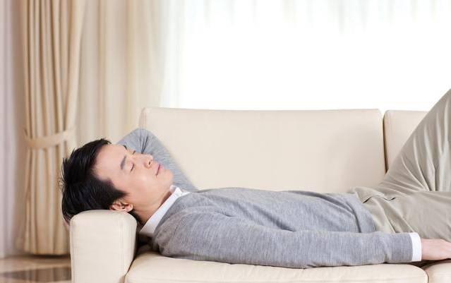 多运动健康,还是多休息更健康?医生说:答案很简单,并不冲突