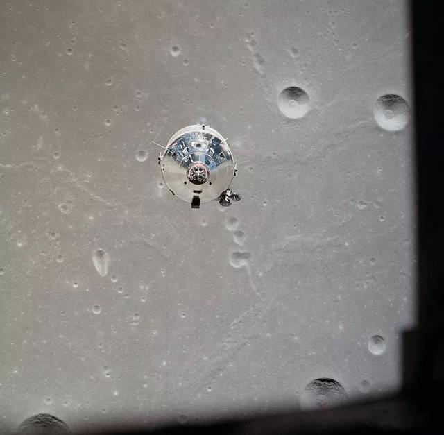 阿波罗11号公开录音:失去与地球的联系后 宇航员