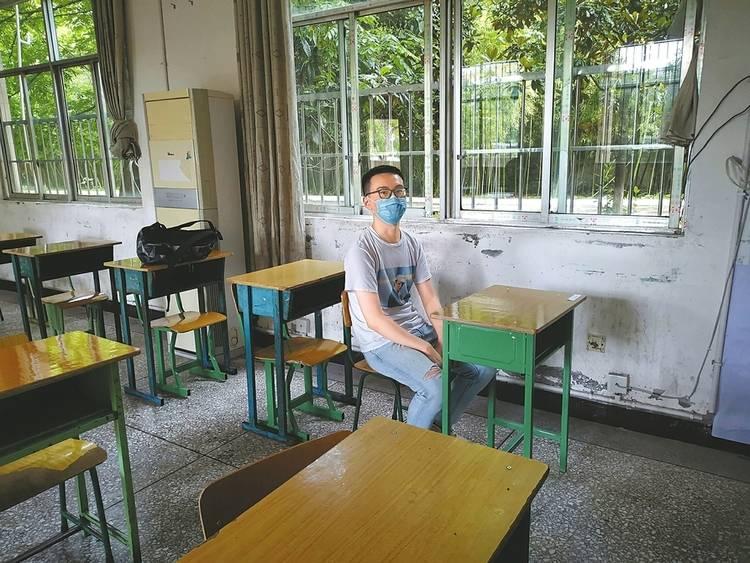 2020年高考日语|别人考英语他考日语,3名老师监考1名考生