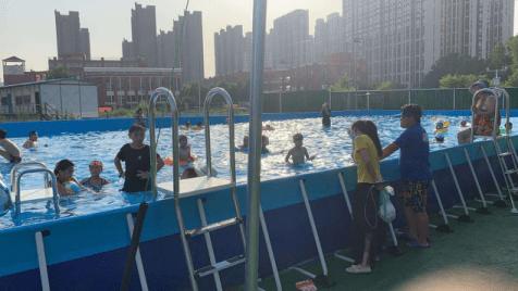 郑州一新经济让户外水上乐园带动居民消费游玩新概念