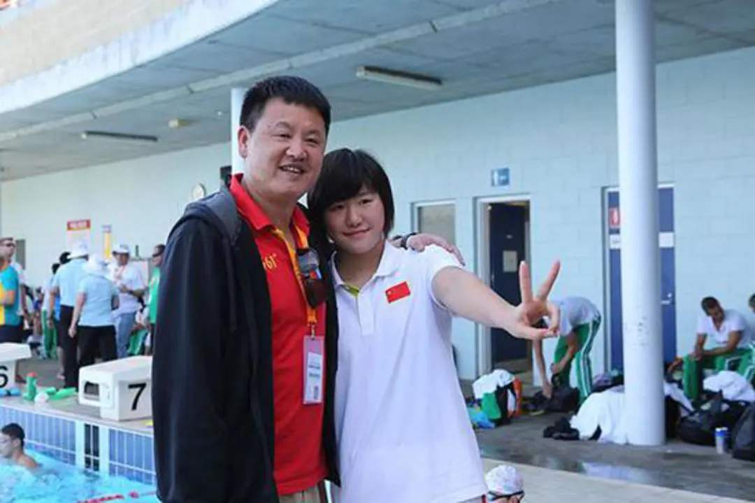 这是我国游水教练的付出