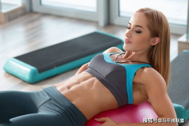 3个方法有效减掉肚腩,坚持3个月,练出完美腹肌!