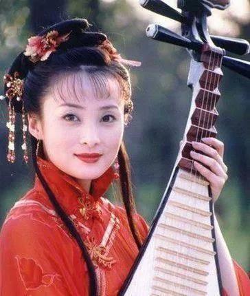 蒋勤勤演的第二梦_2002年《风云》大火,当时的六位美女演员如今怎么样了?_江祖平