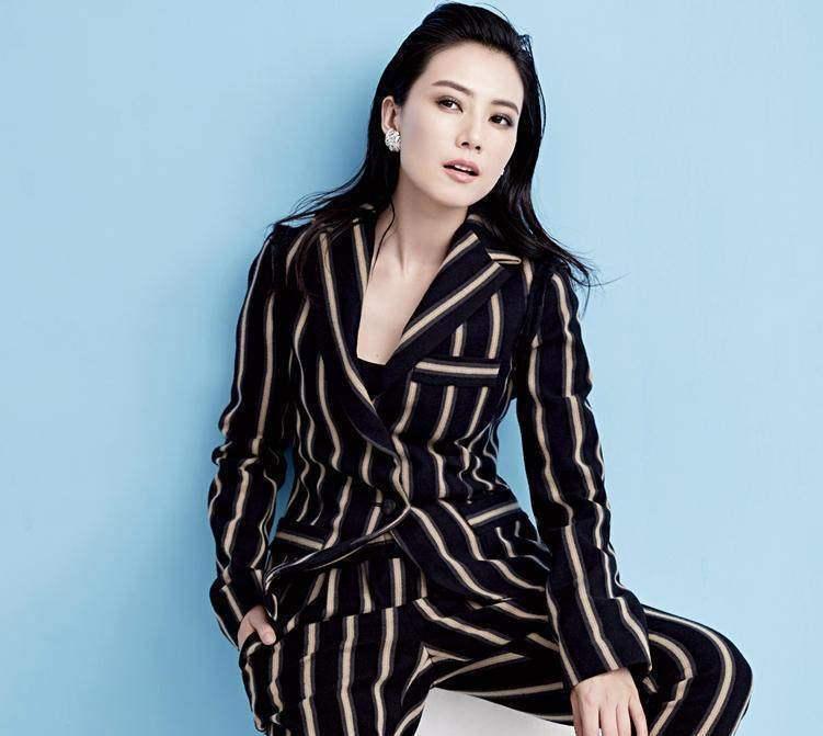 还在追求黑长直?刘亦菲舒淇都爱的背头造型究竟有多酷?