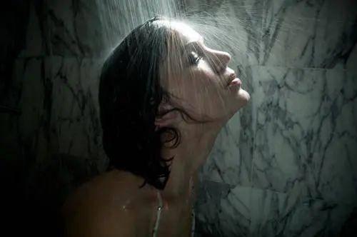 早上先刷牙还是先喝水?这20条困扰你生活的小麻烦解决了