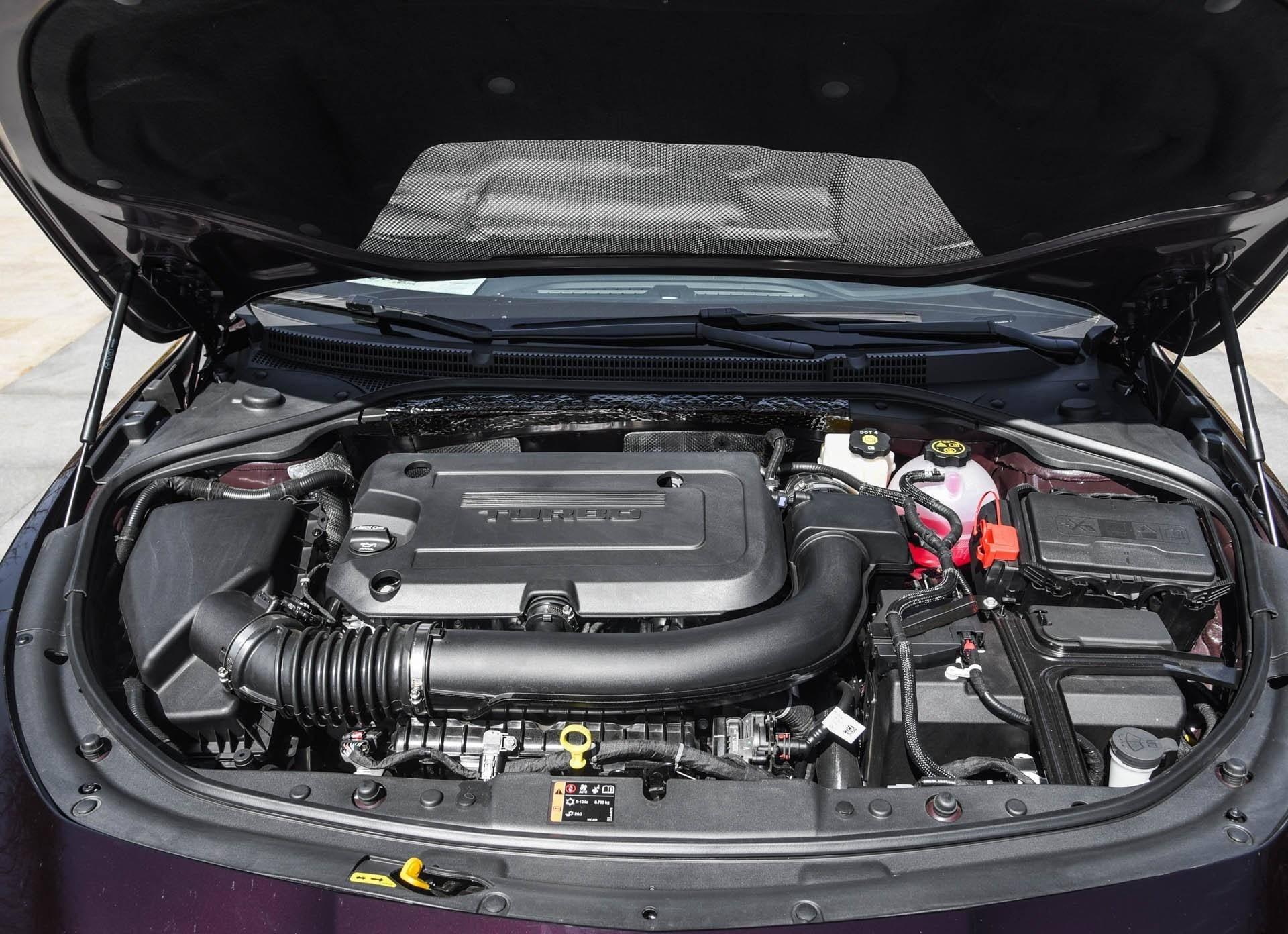 原装美国B级车更有内涵,线条犀利,更有范,扭矩高达350 Nm