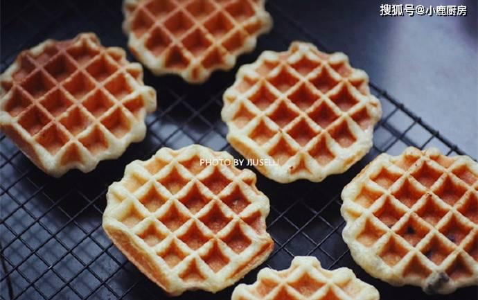 一碗面粉,一个鸡蛋,好吃的面包华夫饼自己做,比买的更好吃