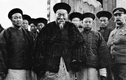 李鸿章当年到底是如何处理广东黑社会的?