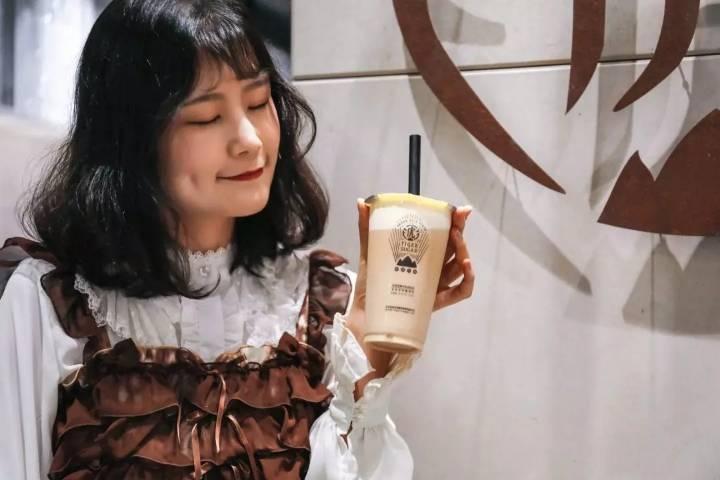 """2171亿元中国咖啡市场,老虎堂以一杯""""黑糖虎纹""""引领茶饮新风向 (图2)"""