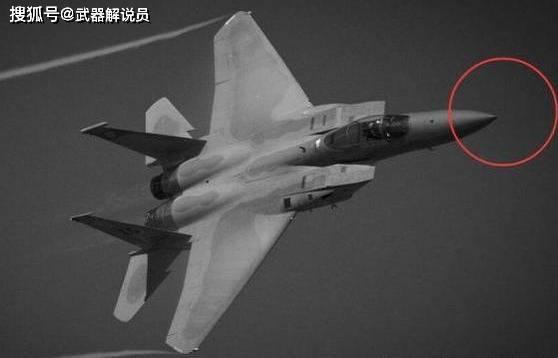 战斗机机头上的细长针有什么作用?原因