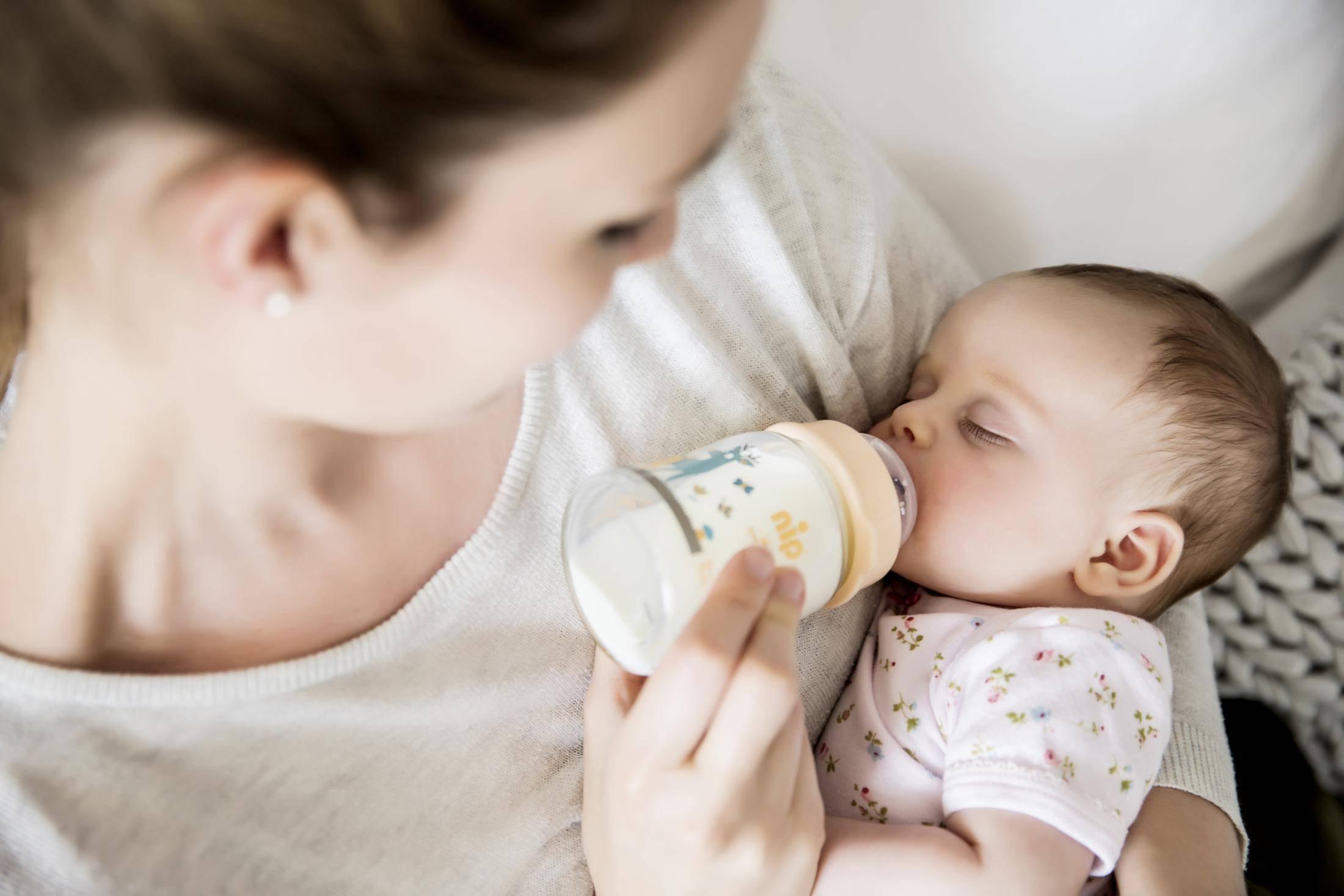 夏季宝宝辅食调整,妈妈请注意这几点!