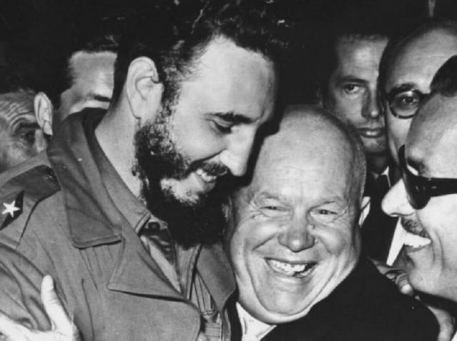 """""""猪湾事件""""的背后,美国肯尼迪失败的战略,直接把古巴推向苏联"""