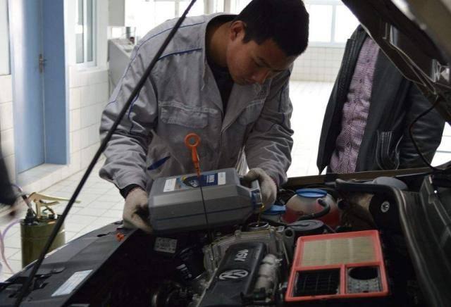 要改掉的5大驾驶习惯!汽车修理工:记得