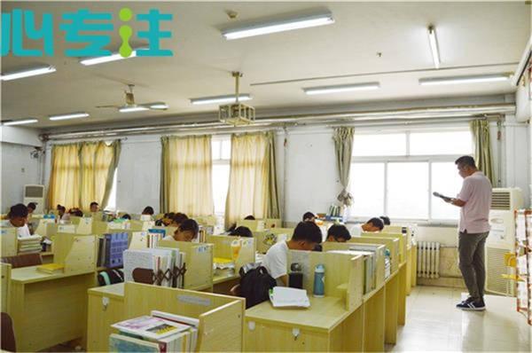 考研之路需要良师作伴 南京中小微企业