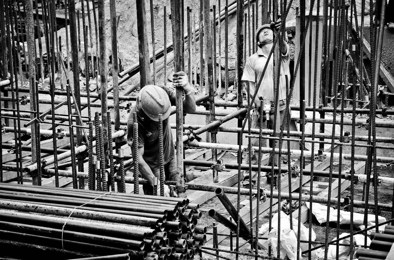 楼市再传收紧信号?房企融资日益收紧,房地产企业未来在哪?
