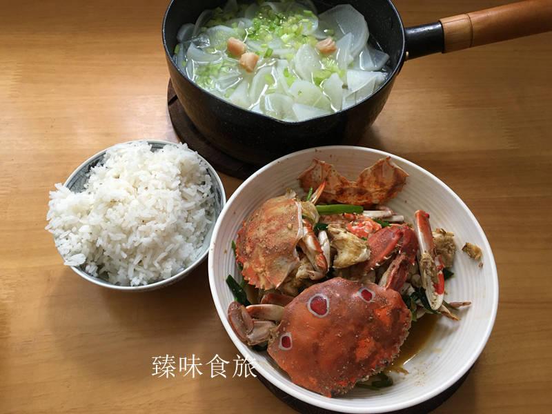 入秋后,炒螃蟹,萝卜汤,成了汕头人家常菜