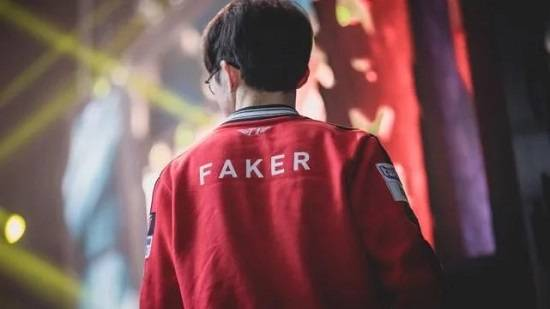 LOL全球选手奖金榜:Faker稳居榜首,阿水超越Rookie成LPL第一!