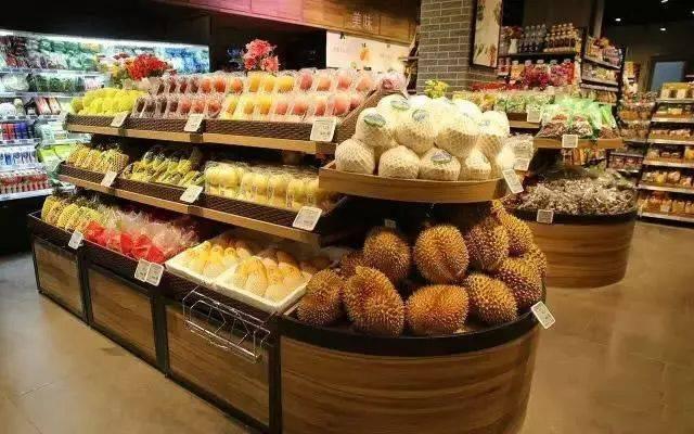 此外国产水果中大荔冬枣正值收获旺季 中标后报价高无法供货