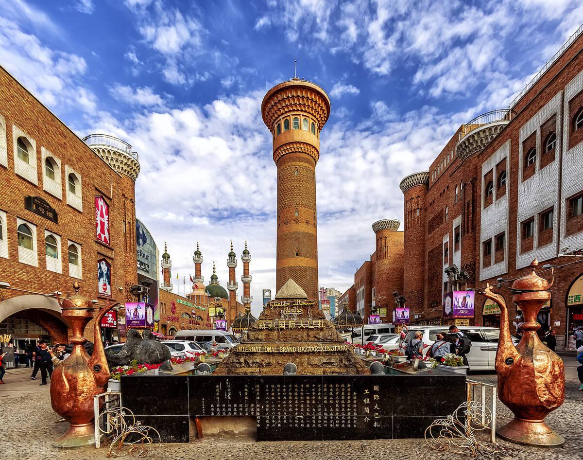 世界 最大 的市集,与王府井,南京路齐名,被称 世界之窗