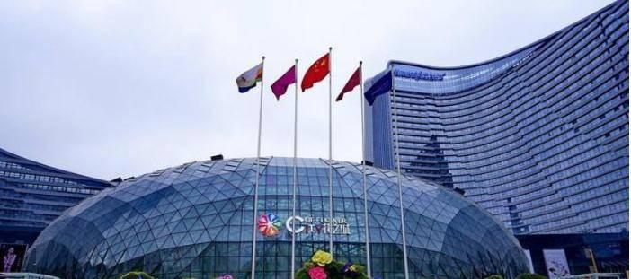 照顾城市Gdp_前三季度城市GDP50强 西安增速第一 万亿级城市或扩至22