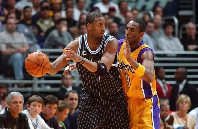 40岁的NBA巨星麦迪身价数亿,现在他的胡