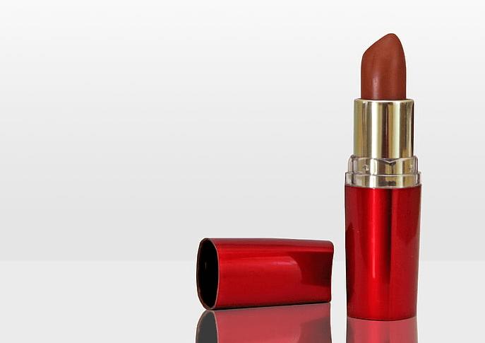 如何补贴化妆品行业迈入5G时代