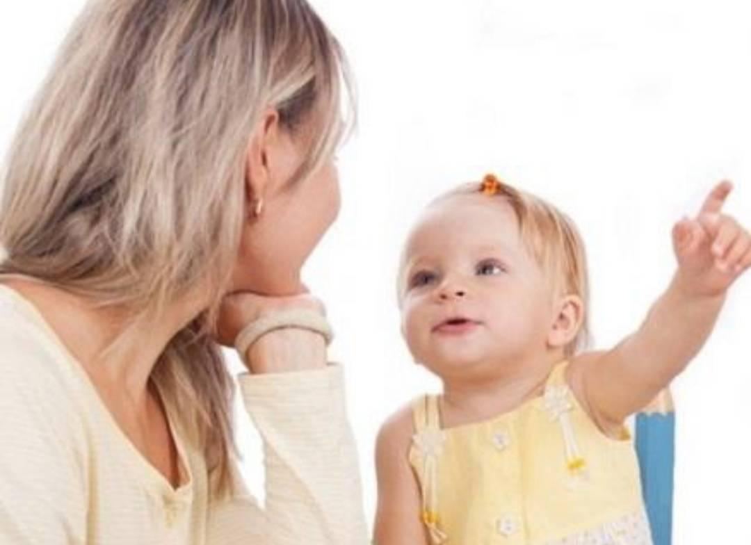 视觉检查、听觉、语言熟悉等方面迅速达到最佳