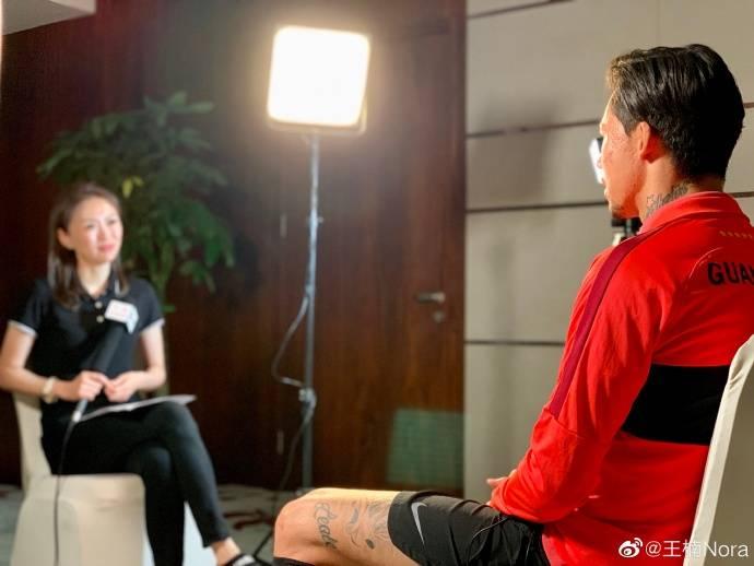 张琳芃:染红被卡帅批评一天就消化了 有