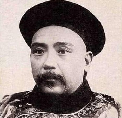 袁世凯为何要背叛光绪皇帝,而站在了慈禧太后一边?