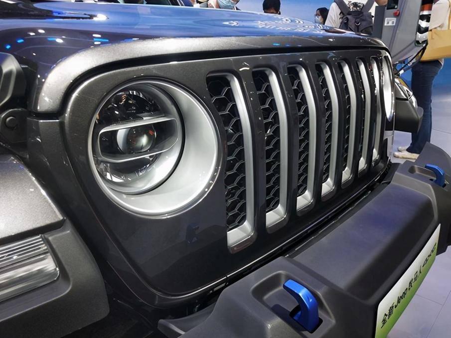 依然狂野,Jeep的新车充电时也能享受